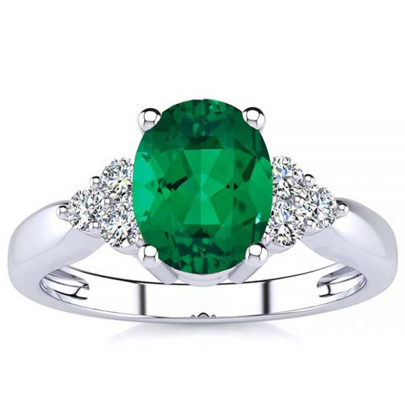 Selena Emerald Ring