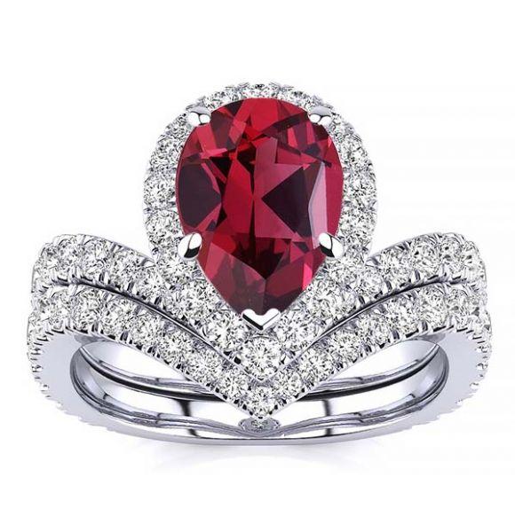Anna Garnet Ring