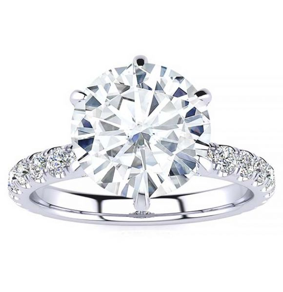 Britta Moissanite Ring