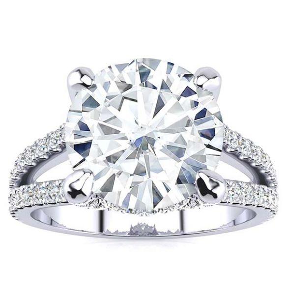 Harley Moissanite Ring