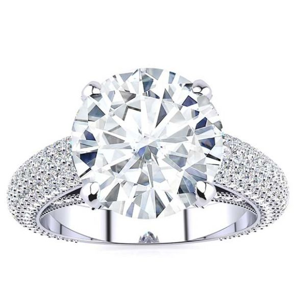 Lexia Moissanite Ring