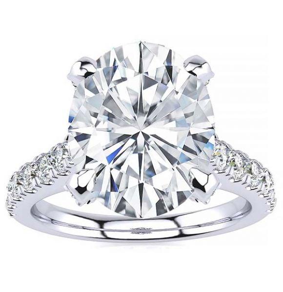 Brianna Moissanite Ring
