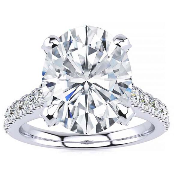 Brianna Lab Grown Diamond Ring