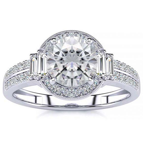 Beatriz Moissanite Ring
