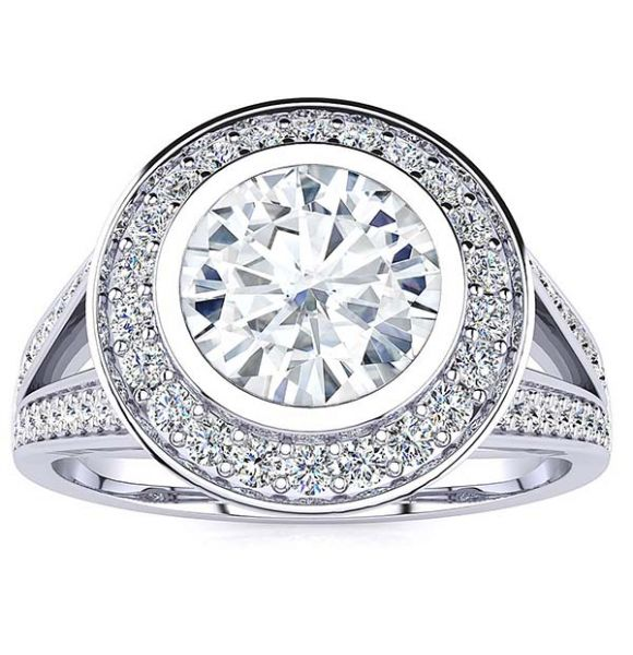 Maria Moissanite Ring