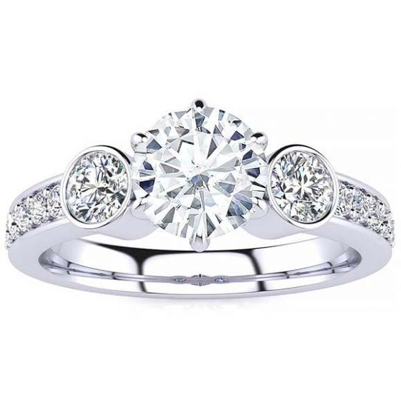 Linda Moissanite Ring