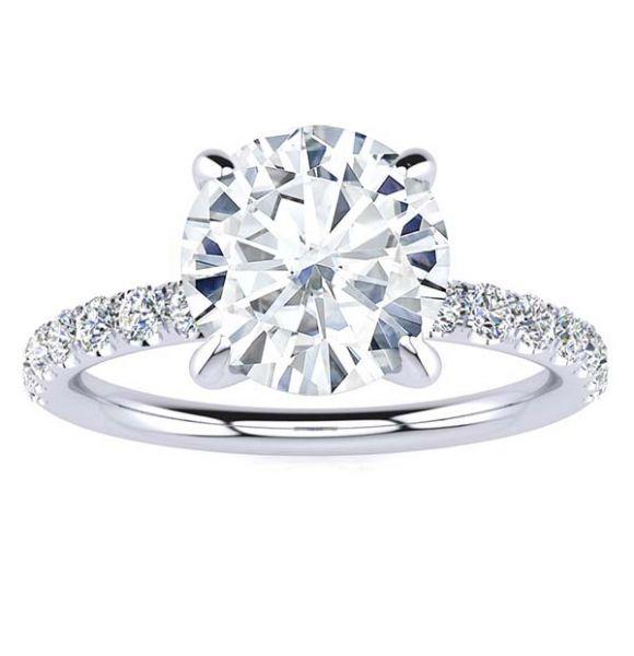 Vicky Moissanite Ring