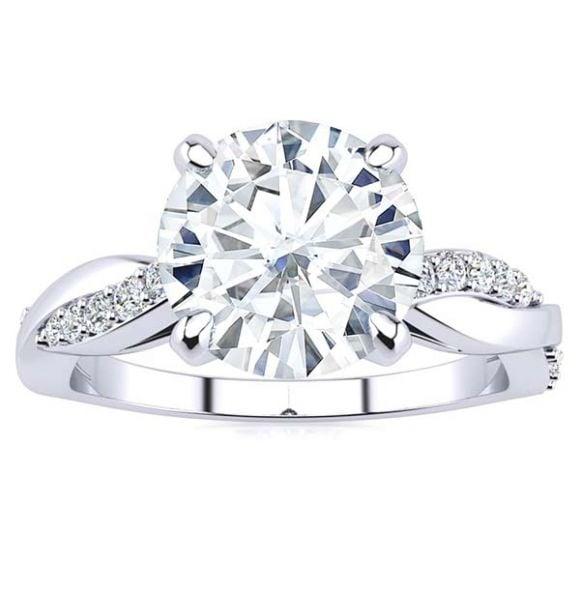 Alexia Moissanite Ring