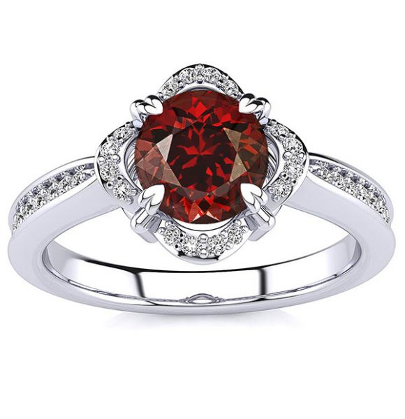 Luna Garnet Ring