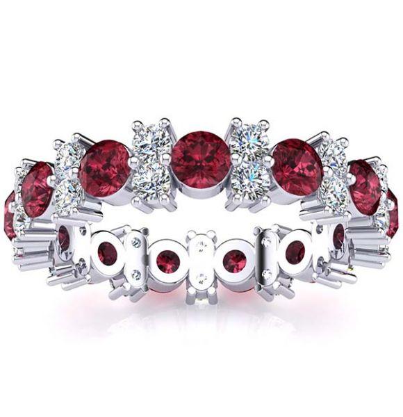 Garland Garnet And Diamond Ring
