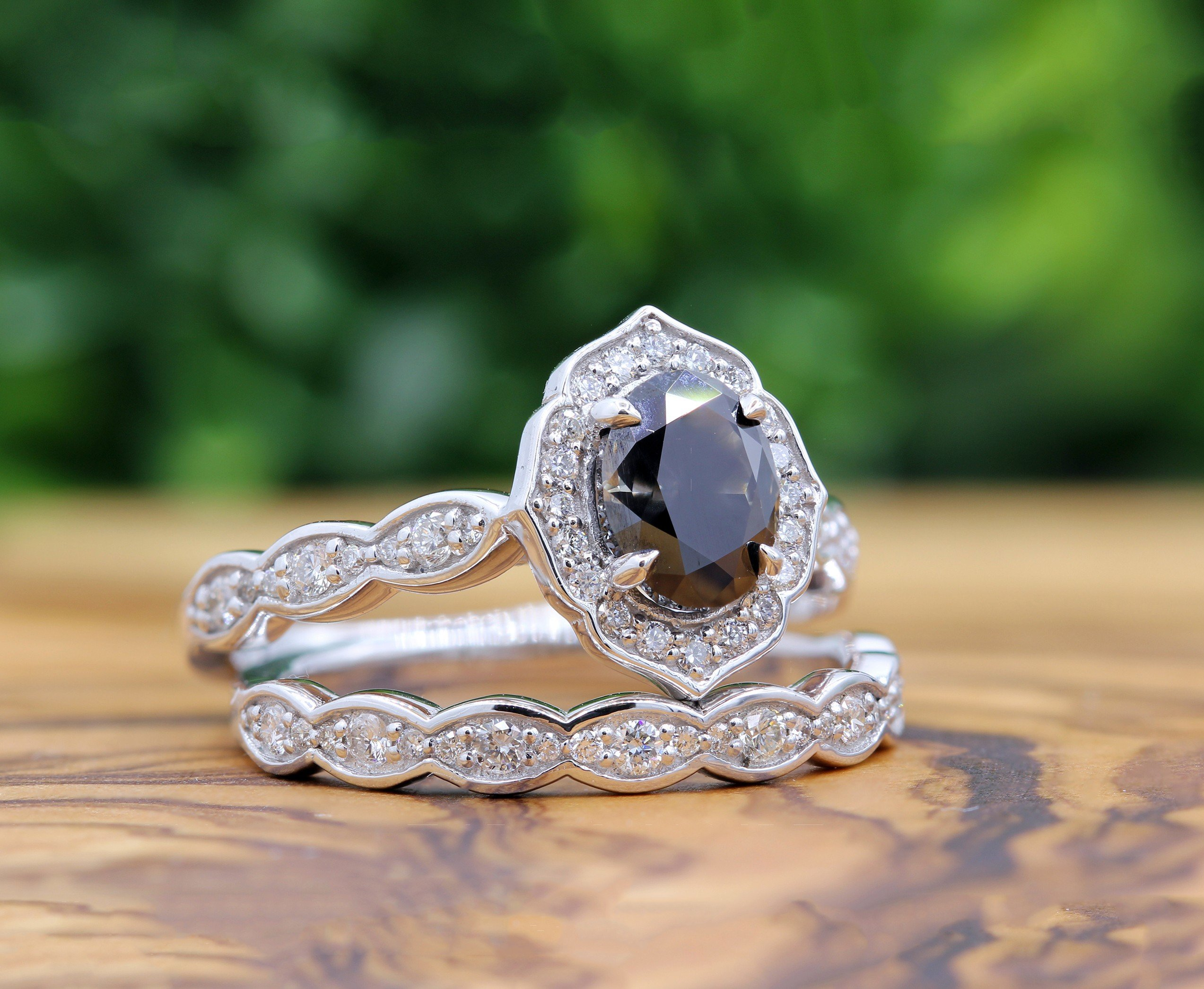 The Ultimate Shopping Guide To How To Buy Black Diamonds